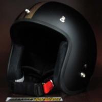 Mũ bảo hiểm 3/4 Dammtrax đen nhám sọc đồng