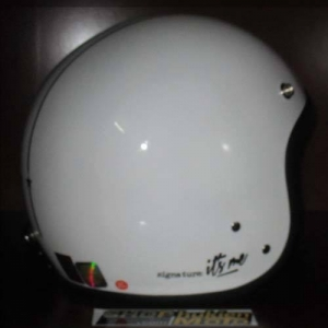 Mũ bảo hiểm Andes trắng bóng sọc đen