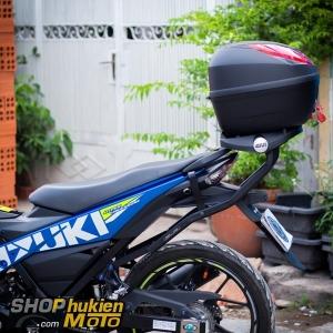 Xe SATRIA 150 gắn thùng GIVI E250N (gồm: Baga sau xe thùng GIVI E250N)